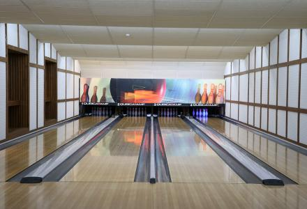Bowling, electronic games and billiards